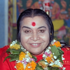 Shri Mataji with garland, head and shoulders